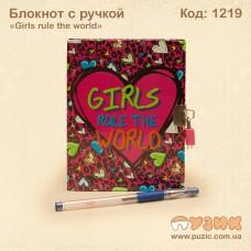 """Блокнот """"Girls rule the world"""" с ручкой"""